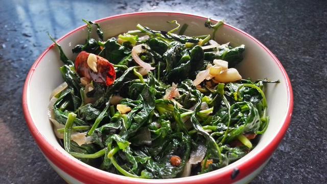 kalmi saag bhaja recipe