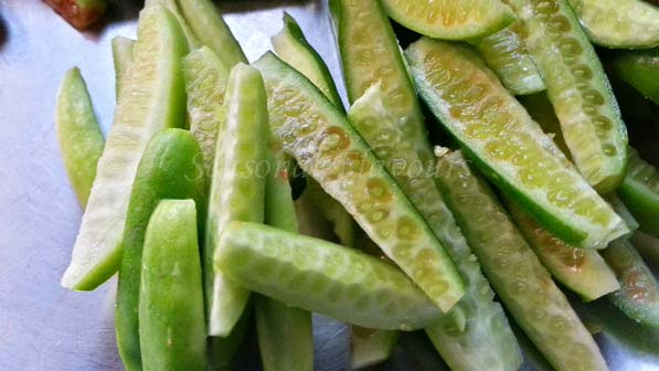 Ivy gourd slices for Tindora Fry Recipe