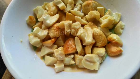 toasted cashews for chocolate fudge recipe