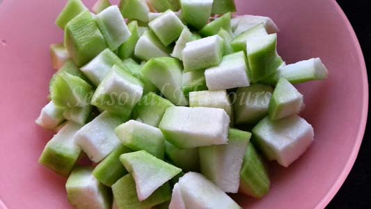 cut ridge gourd for beerakaya recipe