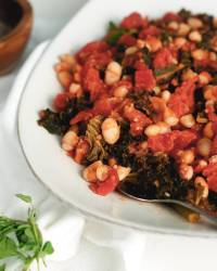 White Beans & Kale in Tomatoes