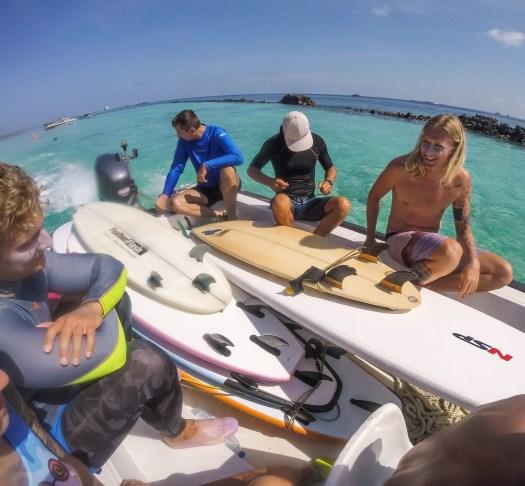 Hakula surf 01.jpg