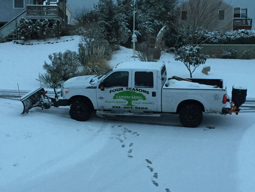 Commercial-Snow-Removal-Outer-Banks-Seasons4Landscaping-sml