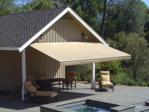 Retractable-on-Pool-Cabana