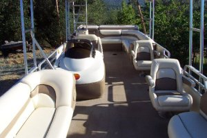 Tracker-Full-Pontoon