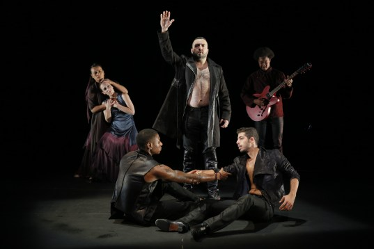 Noche Flamenca-Antigona-Brothers War-Photo by Chris Bennion   038