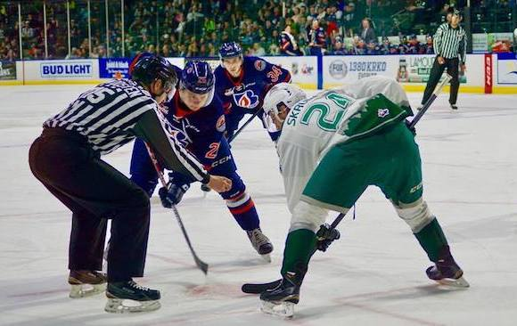 Silvertips clinch playoff spot, extend win-streak to seven with 3-1 victory over Kamloops