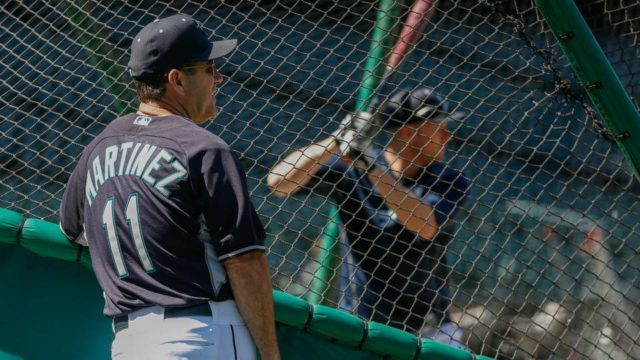 Mariners swept on Edgar's weekend, fall from Wild Card lead
