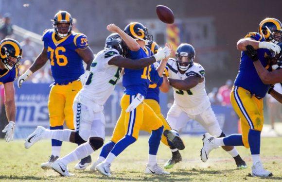 Seahawks defense relentless in 16-10 victory over LA Rams
