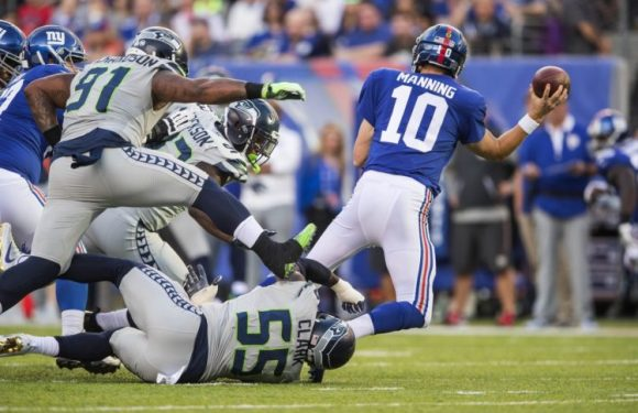 Seahawks take bite out of Giants in 24-7 Big Apple smackdown