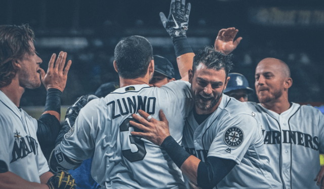 Mariners sweep Minnesota, pull within 1 game of Houston