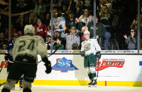 Silvertips close out regular season with 5-1 beat-down of Victoria