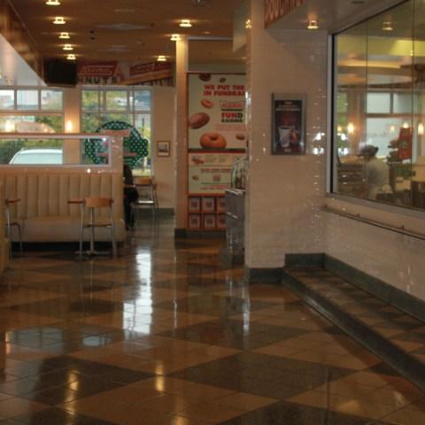krispy kreme lobby 3