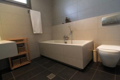 Μπάνιο στο 2ο όροφο, Feel the Sea Βίλα