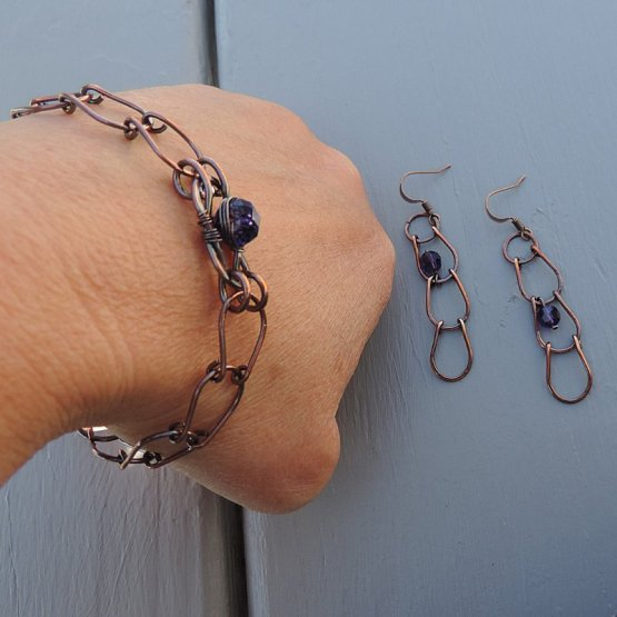 image of Vintage look copper bracelet and earring set