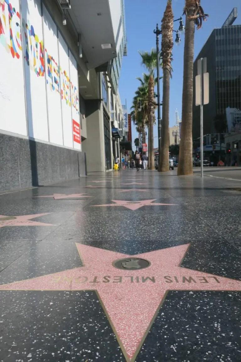 Les étoiles d'Hollywood Boulevard en Californie
