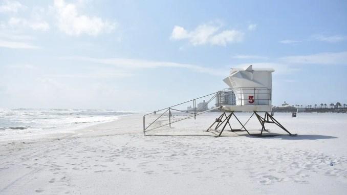 - beach-2213618_1280