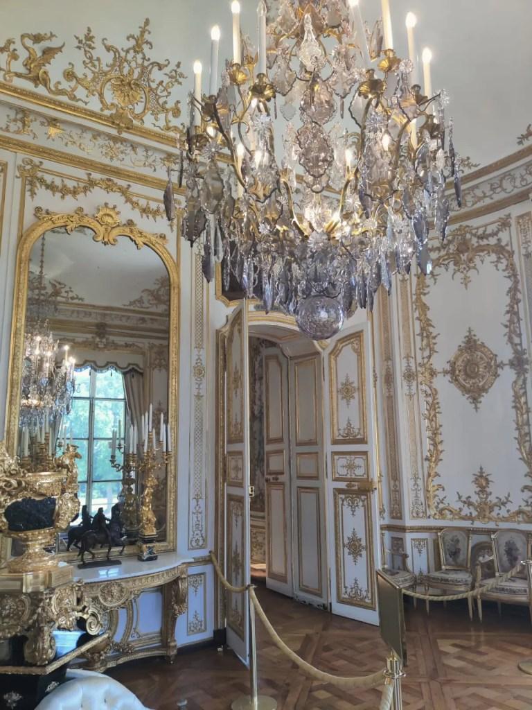 château de chantilly lustre en cristal