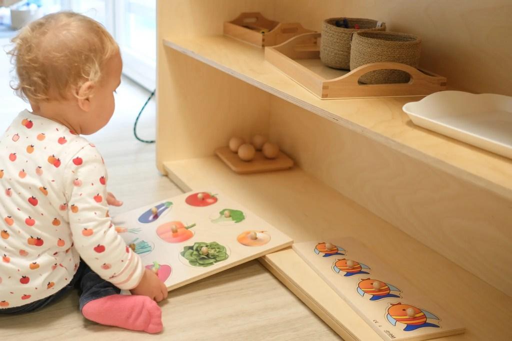 jeux d'une crèche à la pédagogie Montessori