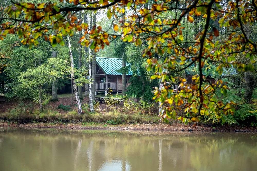 camping huttopia en forêt senonces paris