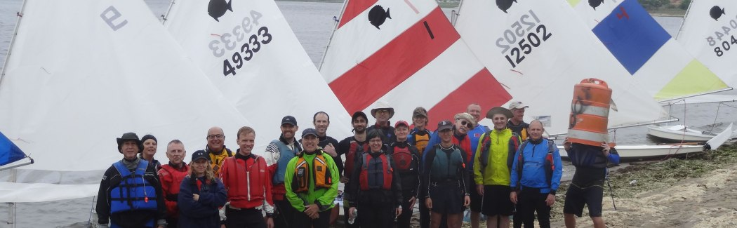 Group picture of the Sailing Class