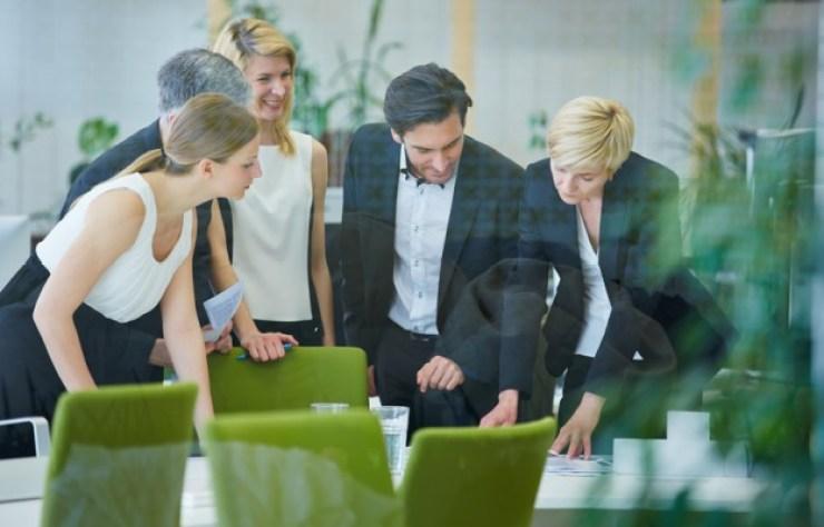 Le-bon-manager-apporte-du-bonheur-à-ses-collaborateursCDM-640x400
