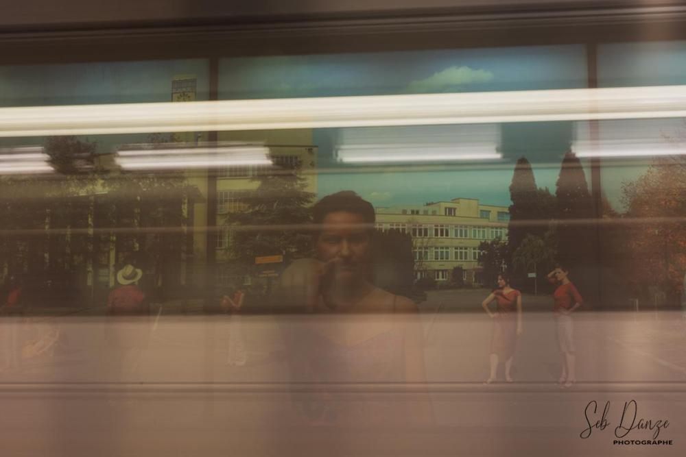 Metro Station Mouvement