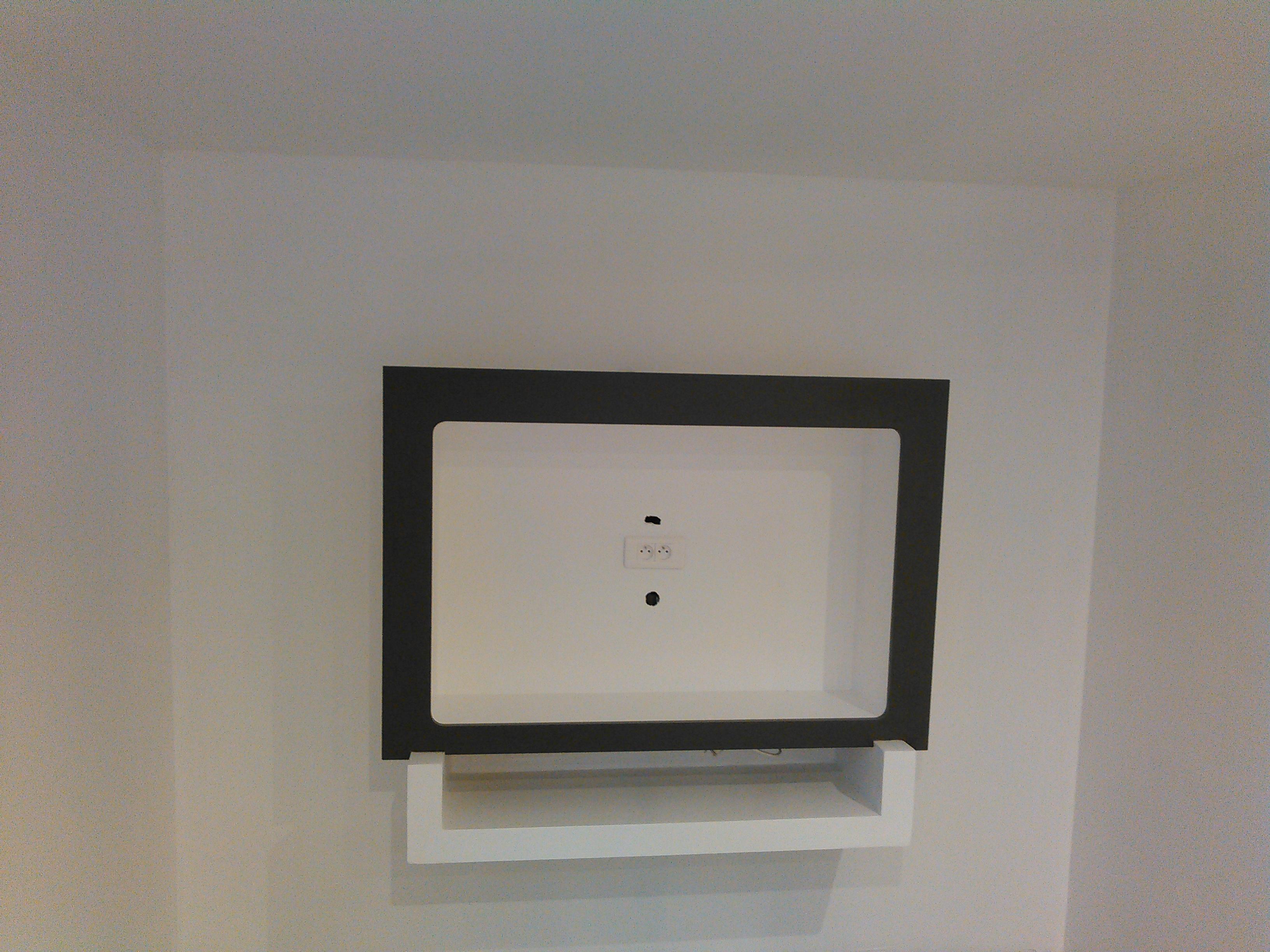 un meuble tv suspendu en placo