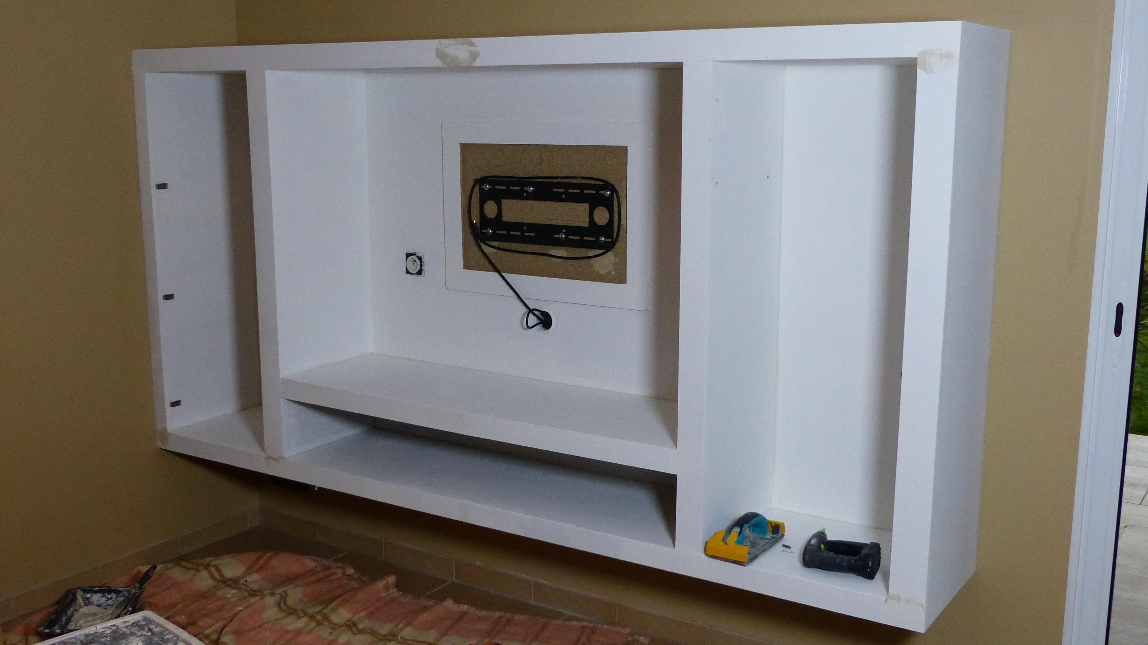 comment realiser un meuble tv suspendu