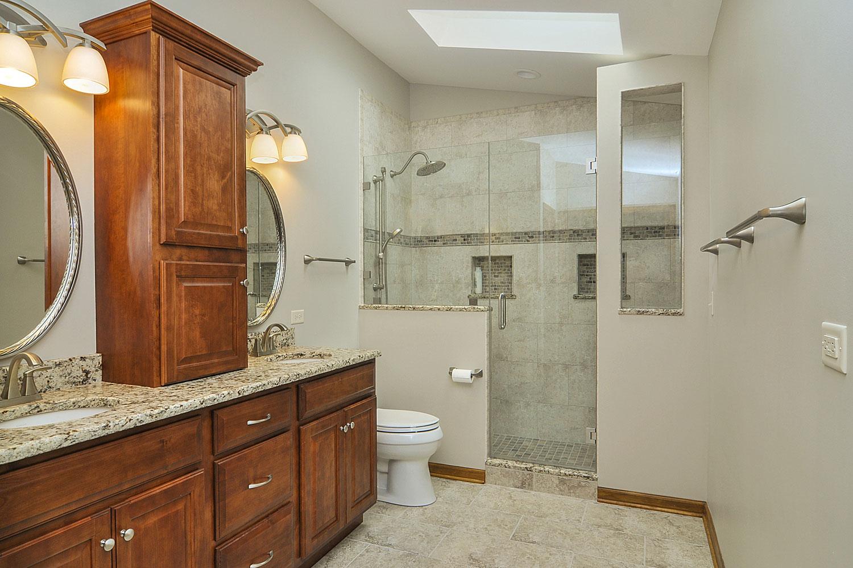 Rick & Marlene's Master Bathroom Remodel Pictures | Home ... on Bathroom Renovation Ideas  id=66164