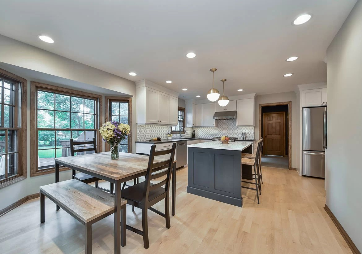 Transitional Kitchen Designs You Will Absolutely Love ... on Kitchen Remodel Ideas  id=66109
