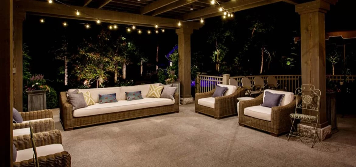 30 Outdoor Patio LED & Bistro String Lights Ideas ... on Backyard String Light Designs id=56610