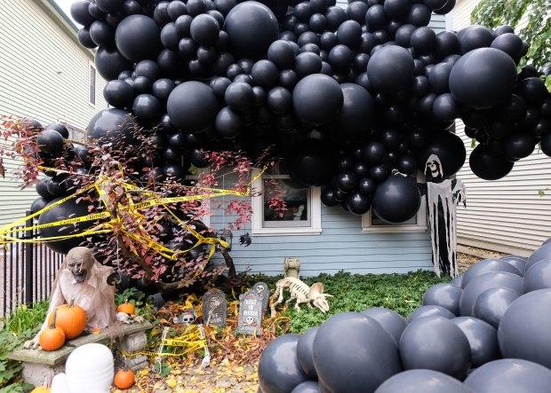 HalloweenLuftBalloons7.jpg