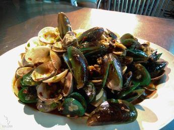Mixed clams
