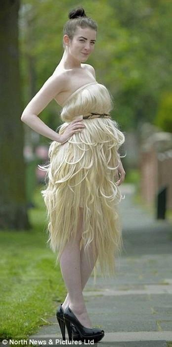 Платье из человеческих волос для одной из финалисток конкурса Мисс Англия