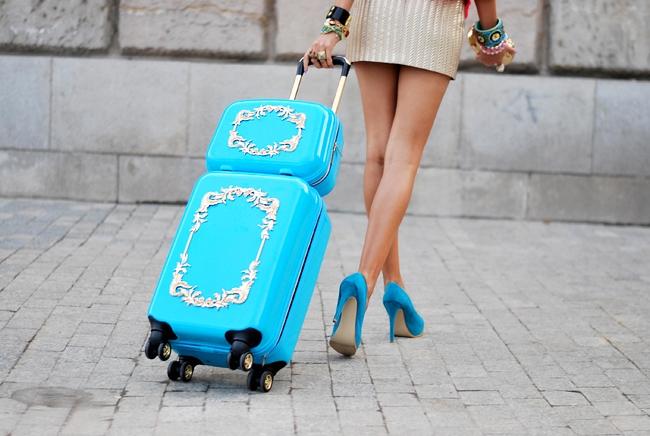 Романтична декорация на куфар
