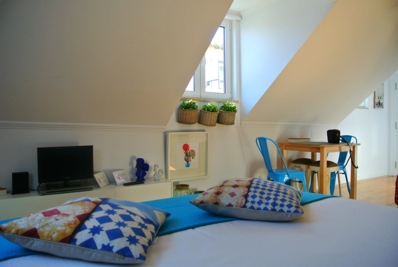 where to stay in lisbon