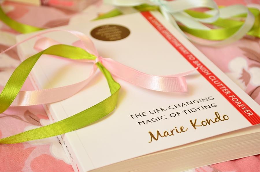 carte book the life changing magic of tidying marie kondo