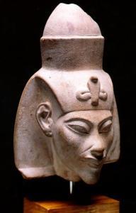 akhenaten01