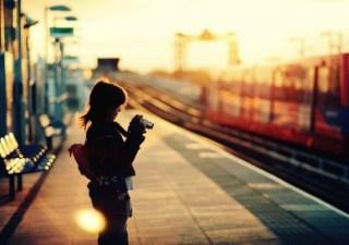 women trains london train stations dockland heron quays dockland light railway 2560x1600 wallpape_www.wall321.com_81