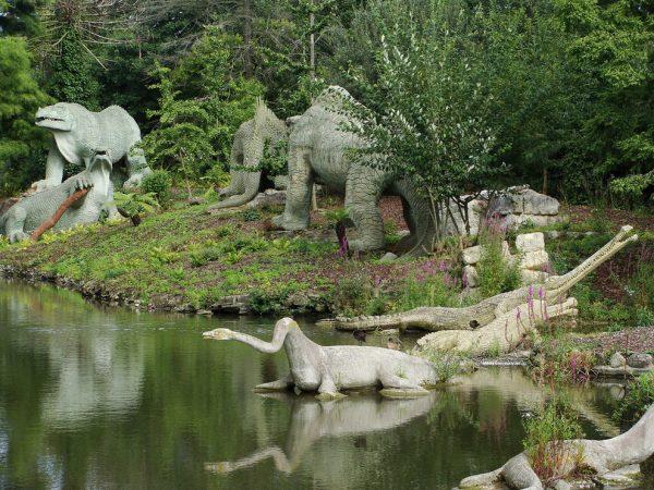dinosaurs-crystal-palace-park-lake-london
