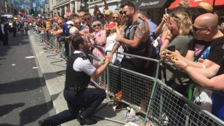 proposal-policemen-pride