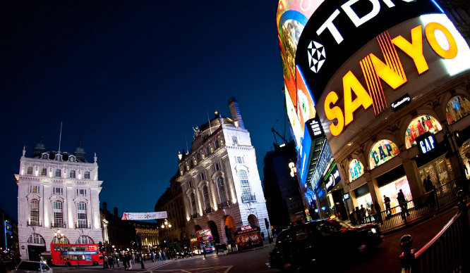 piccadilly-circus-lights-london