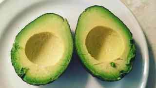restaurant banning avocado