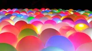 glow-in-dark-ball-pit