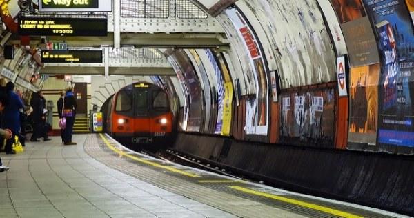 Northern-line-dirty-naughty-London-underground