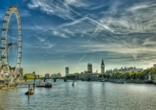 london-river-eye
