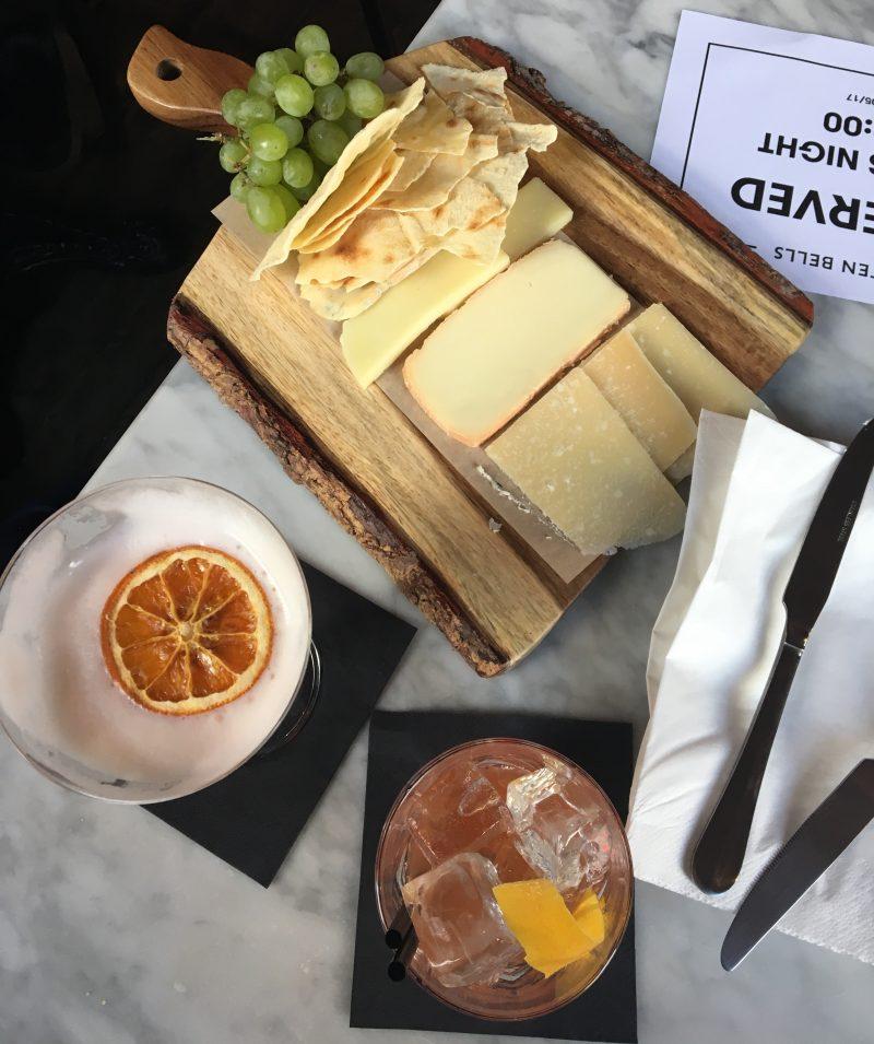milano-bar-negroni-ten-bells-pub-london-aperitivo