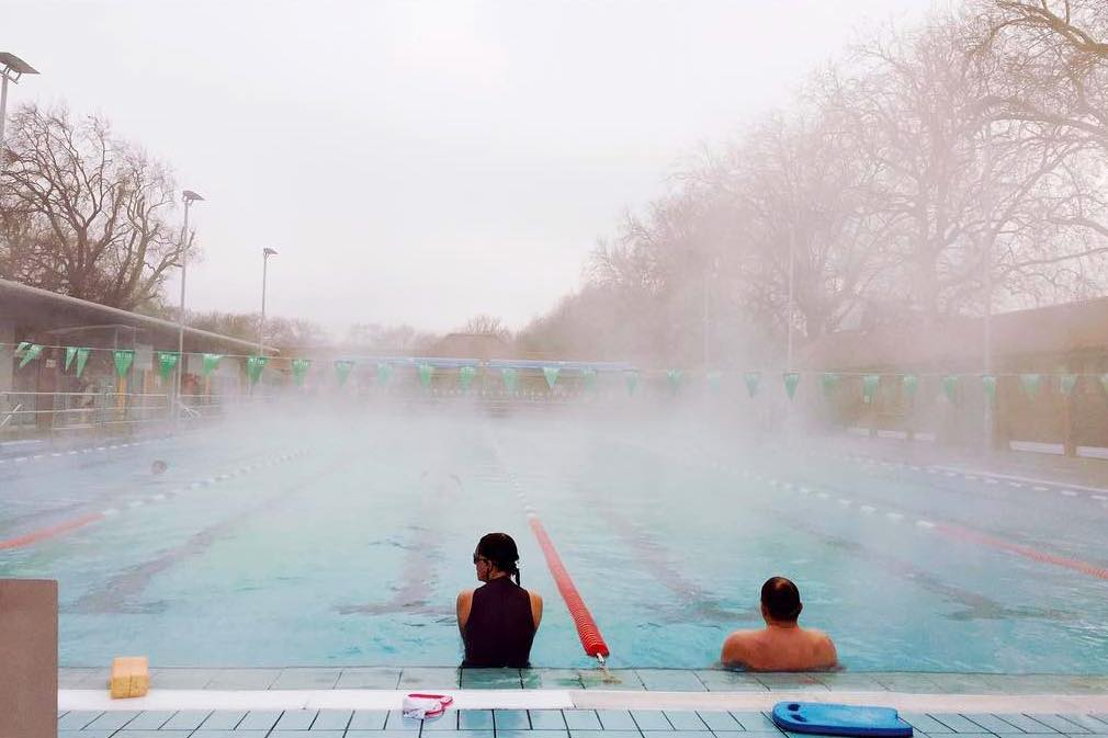 London fields lido the heated olympic sized pool in hackney that 39 s lit up at night for Late night swimming pools london