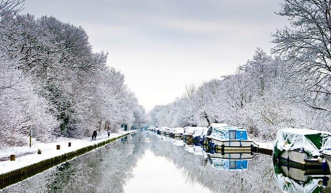 canal-snow